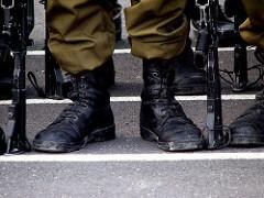 """חייל צה""""ל - מודן בדיקות פוליגרף"""